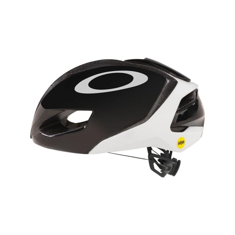 Oakley ARO5 Black/White 2021