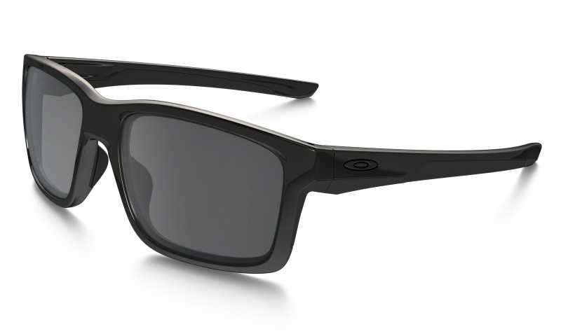 Oakley Mainlink Polished Black / Black Iridium - OO9264-02 Zonnebril