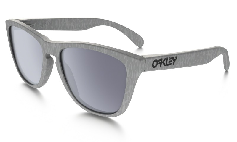 Oakley Frogskins (Asian Fit) Smoke + Grey OO9245-30
